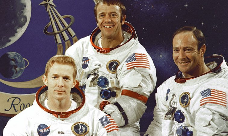 apollo_14_crew-vikipedia